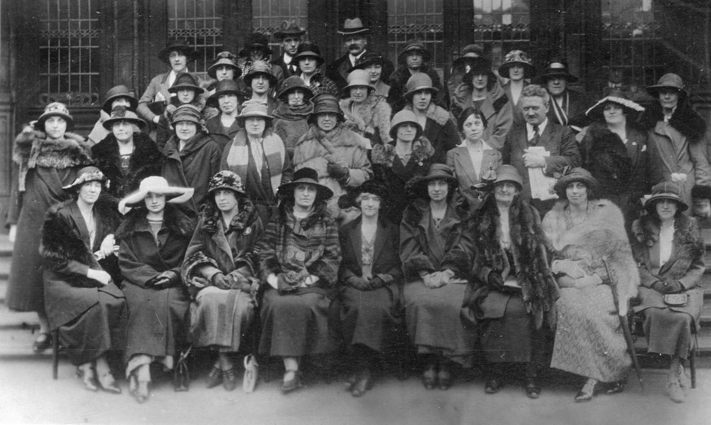 Attendees to the WES conference 1920s.